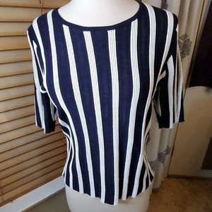 ANN TAYLOR BLACK AND WHITE BLOUSE